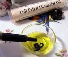 cannabisfullextract-2-300x252