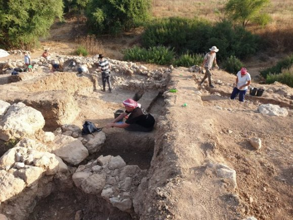 HIDDEN HISTORY: Biblical Hometown of Goliath Uncovered in Israel, & the Ruins are Giant-Sized 20190716_0717164889324326495188428