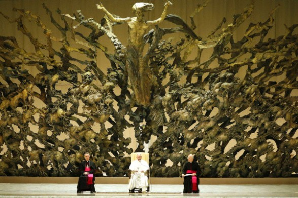 The Dark Secret of the Vatican Pagan Gods Pope_hall_2